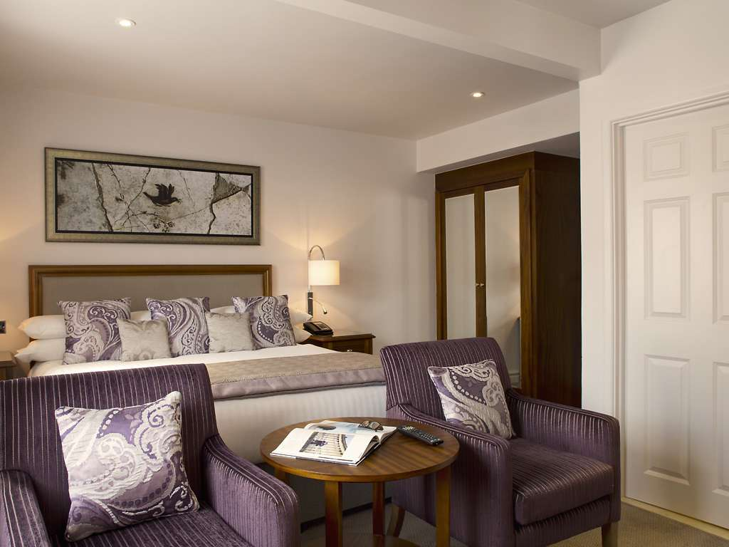 Executive room, Bailbrook House Hotel
