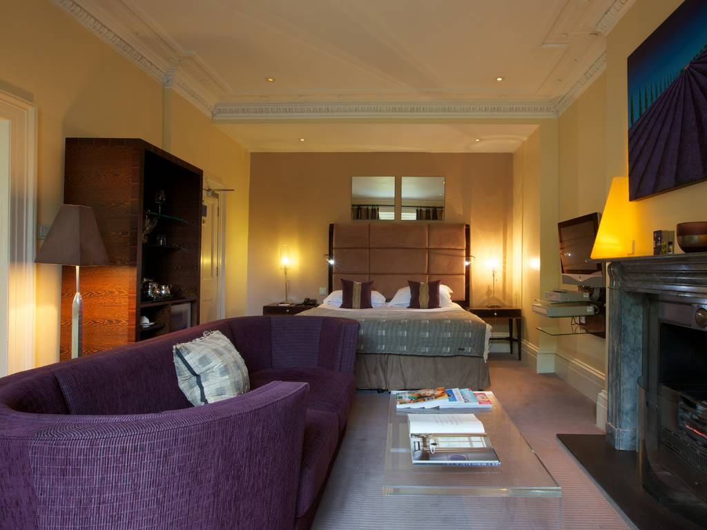 Junior Suite room, Cotswold House