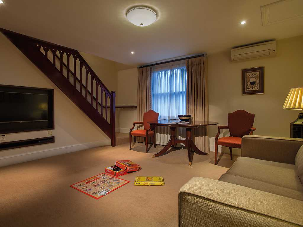 Family room, Ettington Park Hotel