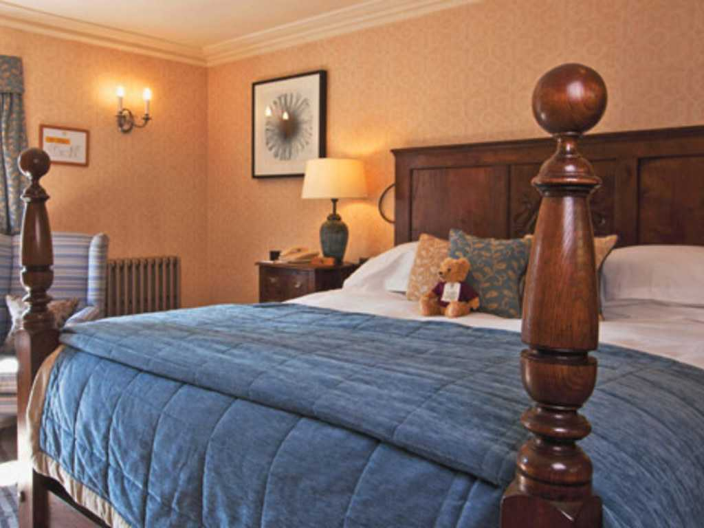 Guestrooms, Manor House, an Exclusive Hotel and Golf Club