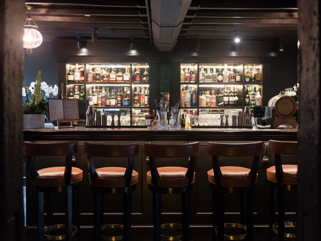 The Lygon Wine Bar restaurant, The Lygon Arms